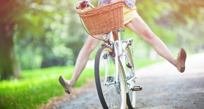 mulher-ciclista-bicicleta-650x350