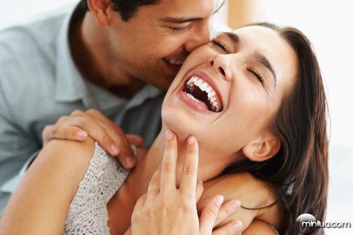 casal-feliz-