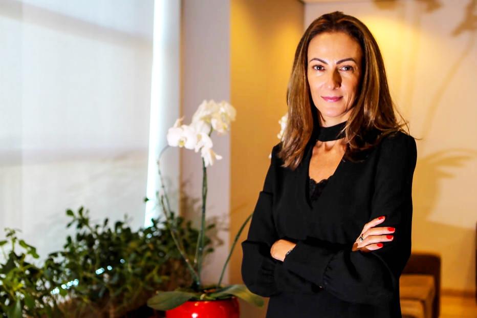 Ana Leoni, do Dinheiro com Atitude